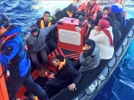 Casi 15.000 inmigrantes han llegado a Europa y 366 han muerto en el Mediterráneo en 2017