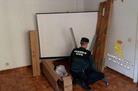 Recuperadas cuatro pantallas robadas en una escuela de Gondomar (Pontevedra)