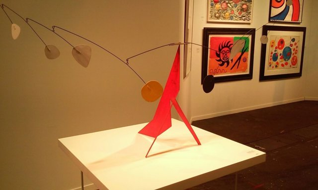 'The Red Base' De Alexander Calder, En La Galería Mayorall, Vendida Por 2,5 Mill