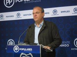 """Monago recuerda a Cabezas que """"no le han elegido alcalde"""" y que su moción de censura causaría """"inestabilidad"""" en Badajoz"""