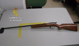 Detenido en Castellón un hombre que ofertó un arma de fuego a través de una red social con un perfil falso