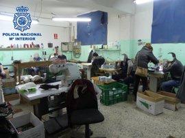 Detenidos los responsables de un taller clandestino de calzado en Arnedo que explotaba laboralmente a sus empleados
