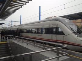 Renfe incrementará plazas y un servicio Avant entre Madrid, Segovia y Valladolid
