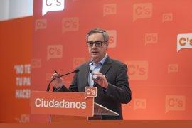 Ciudadanos demora su decisión sobre el presidente de Murcia y esperará a escucharle el jueves
