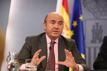 """Guindos ve una """"ventana de oportunidad"""" en el acuerdo UE-Mercosur y espera que la negociación termine este año"""