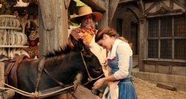 VÍDEO: ¿Guiño de Emma Watson a Harry Potter en La Bella y la Bestia?