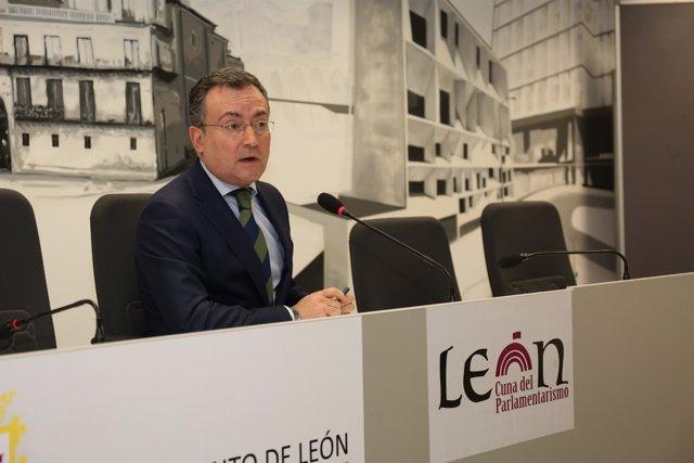 León: Fernando Salguero