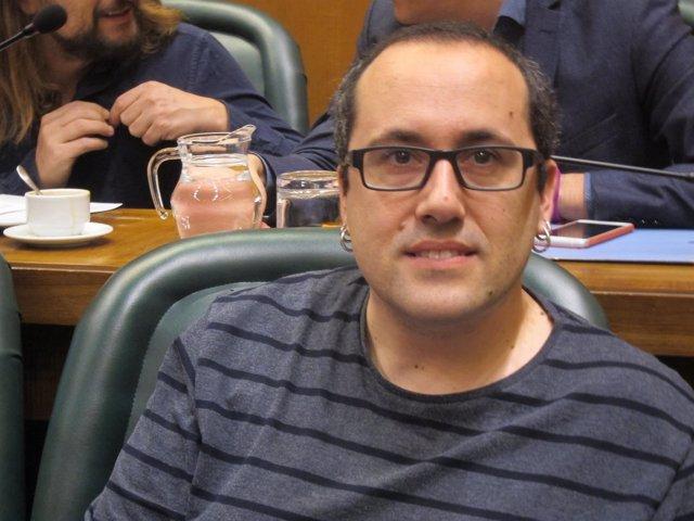 Consejero de Servicios Públicos y Personal de Zaragoza, Alberto Cubero