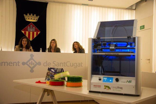 Una de las impresoras que se han repartido por los centros de Sant Cugat