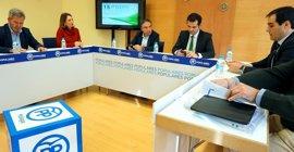 El PP-A se reúne para iniciar la elaboración de la ponencia de Reglamento para su congreso regional