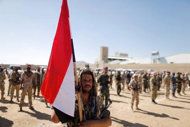 Combatientes huthies en Yemen