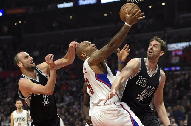 Marreese Speights Pau Gasol San Antonio Spurs Los Angeles Clippers