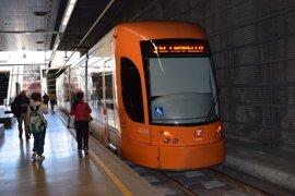 Más de 76.00 viajeros cogieron el TRAM hasta Benidorm después de llegar en el AVE Madrid-Alicante