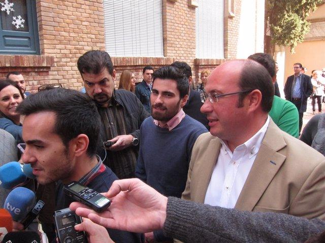 Pedro Antonio Sánchez Con El Presidente De NNGG