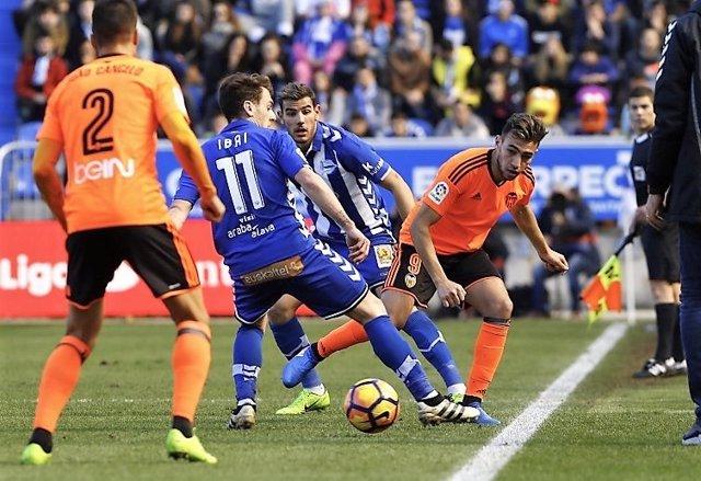 Ibai Gómez en un partido ante el Valencia