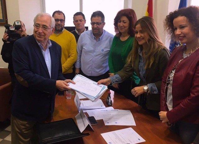 Imbroda presenta sus avales para optar a liderar de nuevo el PP de Melilla