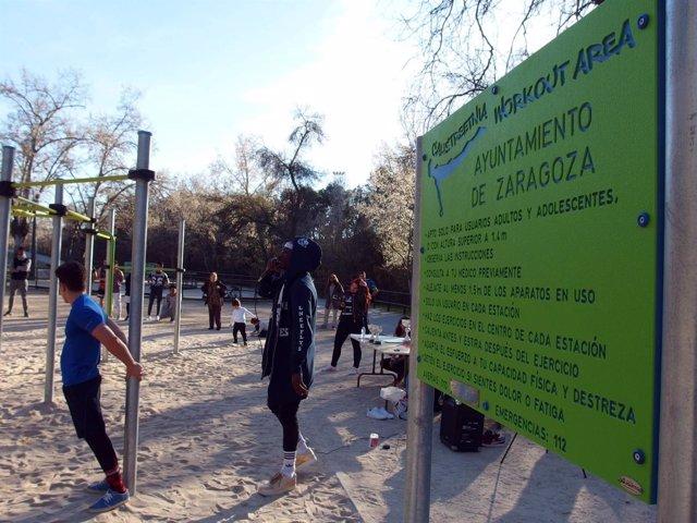 Instalacines en el parque 'José Antonio Labordeta'
