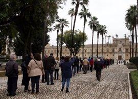 En torno a 2.500 personas visitan el Parlamento en la Jornada de Puertas Abiertas previa al 28F