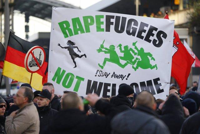 Manifestación contra los refugiados en Colonia (Alemania)