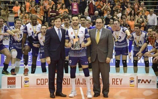 Can Ventura Palma supera (3-2) al CV Teruel y levanta la Copa del Rey