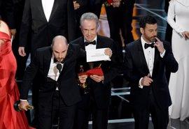 VÍDEO: Así fue el histórico error al entregar el Oscar a la mejor película