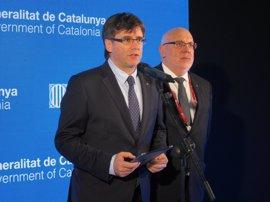 MWC.- Carles Puigdemont insta al Gobierno a tomar nota del mensaje del Rey sobre la colaboración