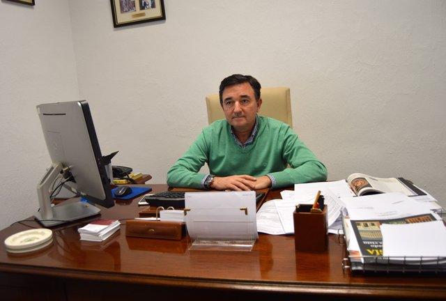 José Jesús Gázquez es el director del Centro Asociado de la Uned en Almería.