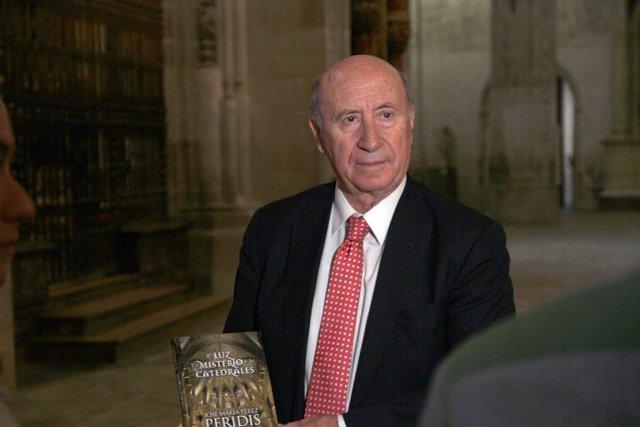 José María Pérez, Peridis