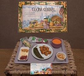 El Hospital Virgen del Rocío de Sevilla prepara un menú andaluz para conmemorar el día de la comunidad