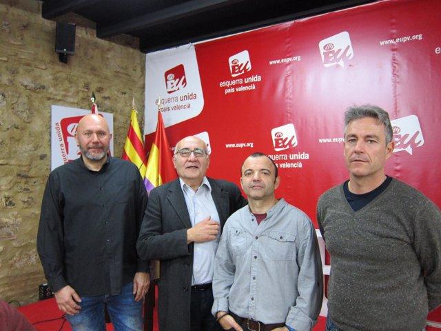 Ricardo Sixto se reúne con representantes de los estibadores