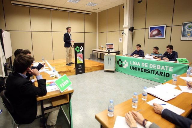Liga de Debate de la UPNA.