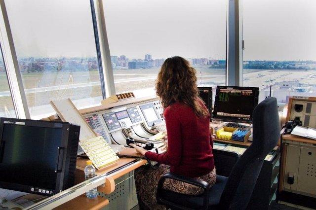 Torre de control Cuatro Vientos controladores