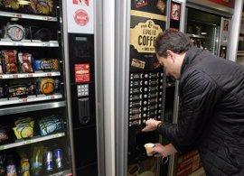ERC reclama la retirada de alimentos con aceite de palma de las máquinas de los colegios