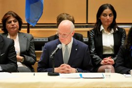 De Mistura pide en Ginebra a régimen y oposición que se respeten y dejen los ataques personales