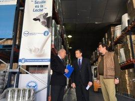 Sanz anuncia la distribución de más de 9 millones de kilos de alimentos en Andalucía en la tercera fase del FEGA