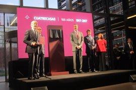 Felipe VI conmemora el centenario del bufete Cuatrecasas en su nueva sede