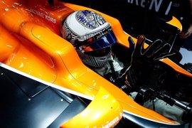 """Alonso: """"Es demasiado pronto para valorar el rendimiento del coche"""""""
