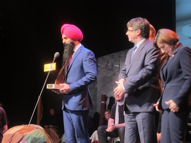 GaganDeep Singh (comunidad Sikh, Premi Martí Gasull) Pte. Carles Puigdemont