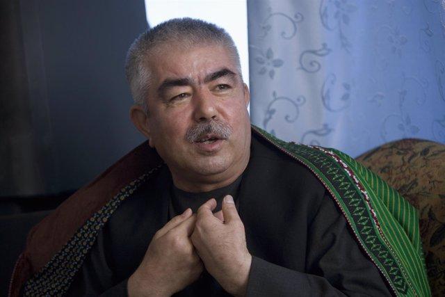 El vicepresidente primero de Afganistán, Abdul Rashim Dostum