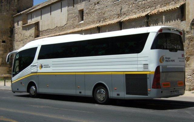 Autobús del Grupo Paco Pepe