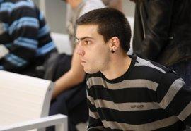 """Un tuitero que soñaba """"con volar la Moncloa"""" acepta una pena de dos años de prisión"""