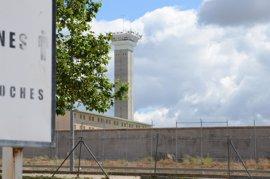 El Defensor del Pueblo pide incrementar la plantilla de prisiones tras consolidarse en 2016 el descenso de internos