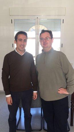 El diputado de Fomento, Óscar Liria, y el alcalde de Suflí, Raúl Guirao.