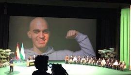 """Homenaje a la """"sonrisa eterna"""" de Pablo Raez en los actos del 28F por su lucha por la donación"""