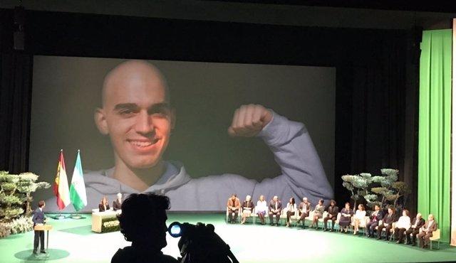Homenaje a Pablo Raez en el acto institucional del 28F