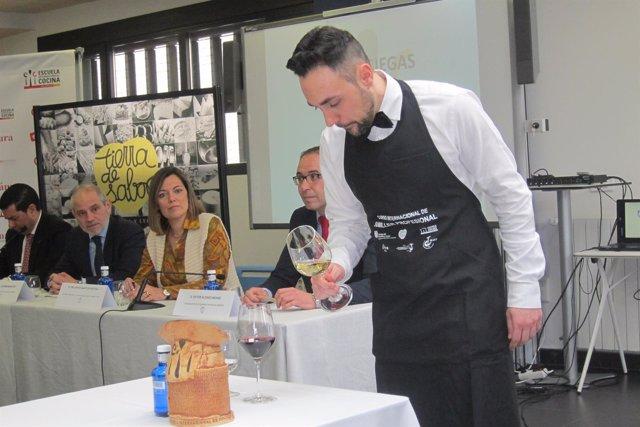 Valladolid. Uno de los participantes en el Concurso de Sumilleres