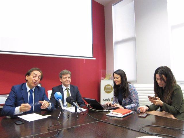 Arenere, Salvador y Marín han presentado el estudio económico de Puerto Venecia