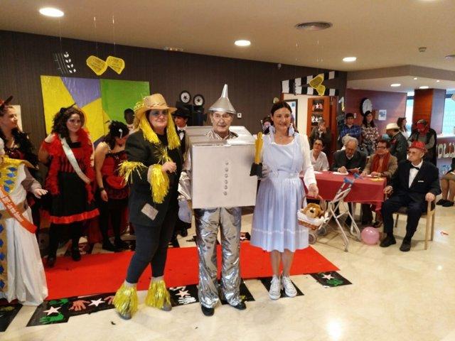 Fiesta de carnaval en una residencia de mayores
