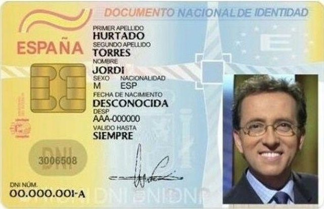 Falso DNI de Jordi Hurtado publicado por la Guardia Civil en Twitter