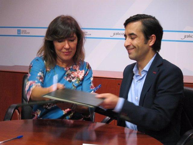 Firma del convenio entre Beatriz Mato y José Manuel Rey Varela
